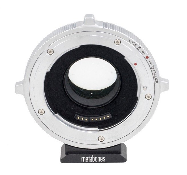adapter-bagnetowy-Metabones-MFT-Canon-EF-T-Cine-Speed-Booster-XL-x0-64-2.jpg